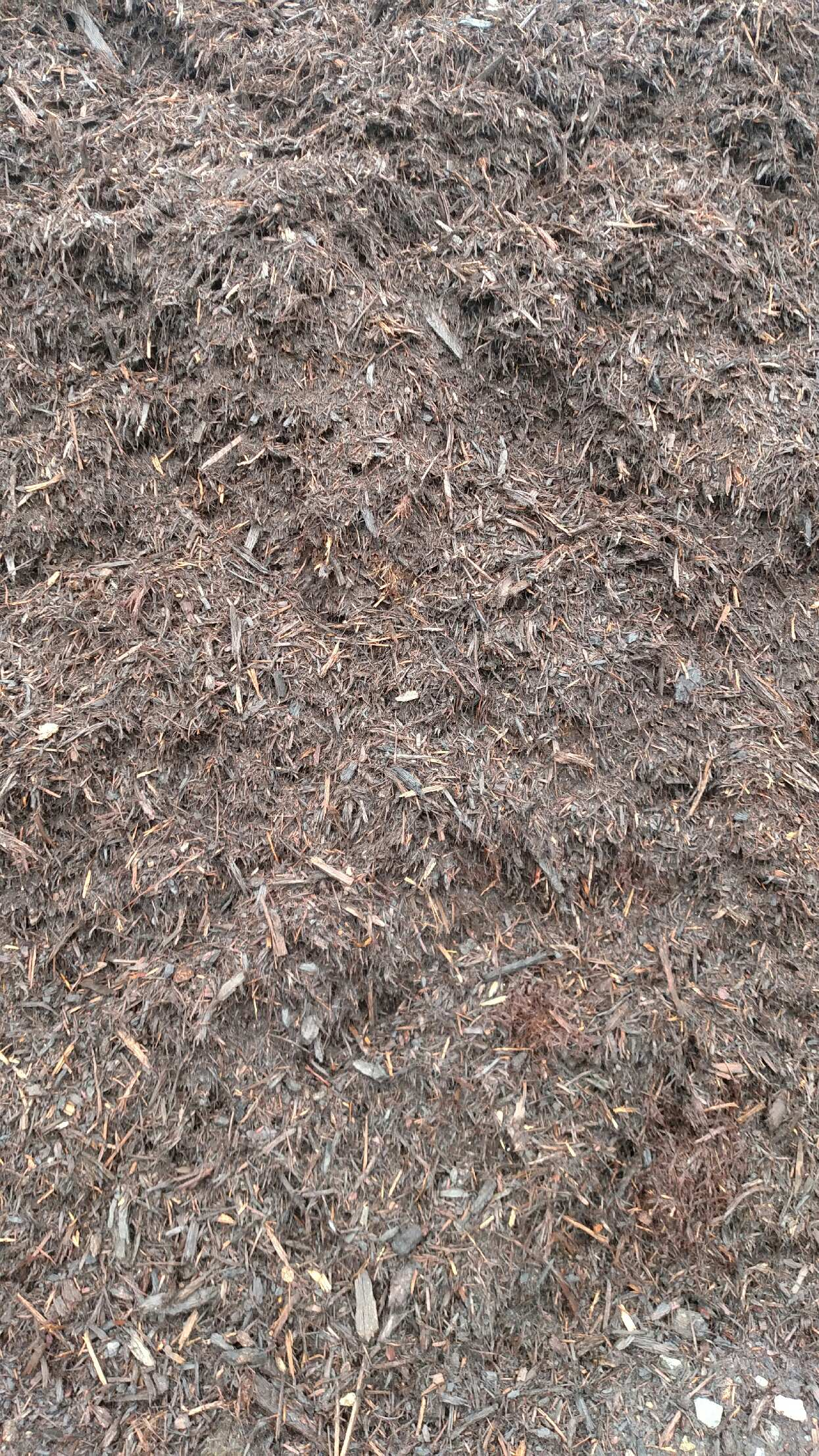 Double Ground Oak Mulch available in-store and online for pickup or delivery at Asheville Mulch in North Carolina
